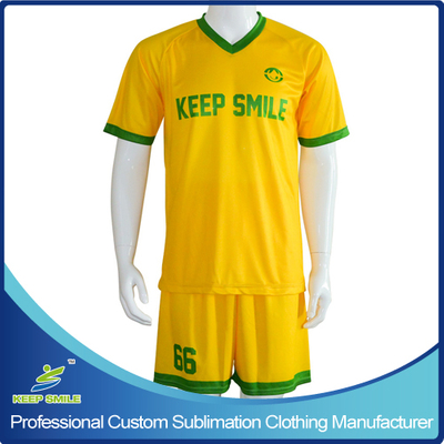 Custom Made and Digital Sublimation Soccer Suit with Jersey and Short