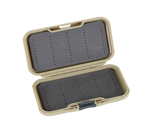 waterproof fly box PB71D
