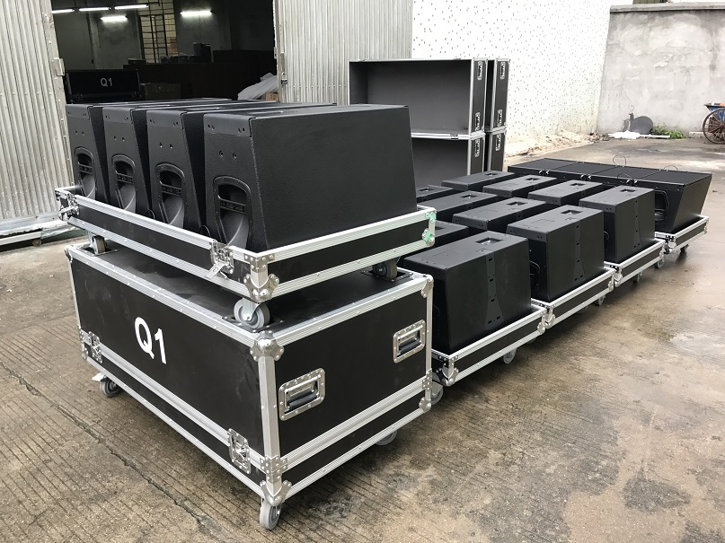 Q1 y Q-SUB de 3 vías Active Line Array Speaker