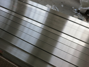 How to polish stainless steel flat bar