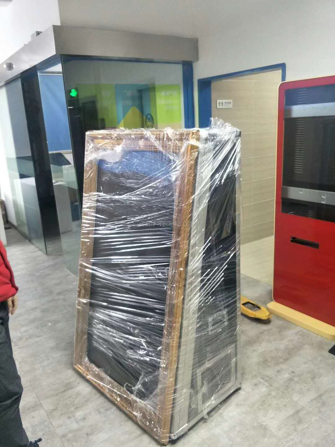 65inch Touch Screen Mirror photobooth machine