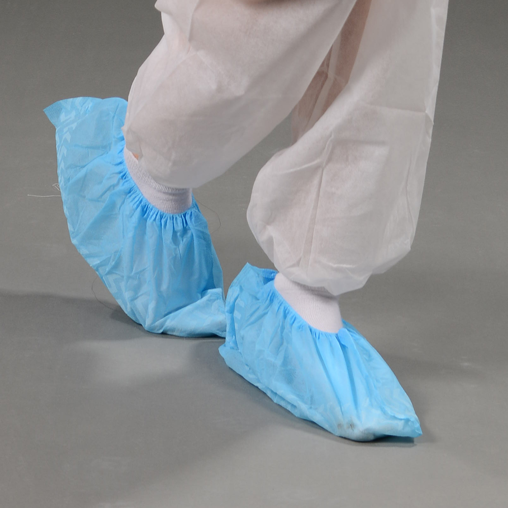 Anti-skid non woven shoe cover by machine