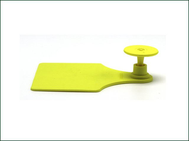 UHF RFID Animal Ear Tag for Cattle Tracking