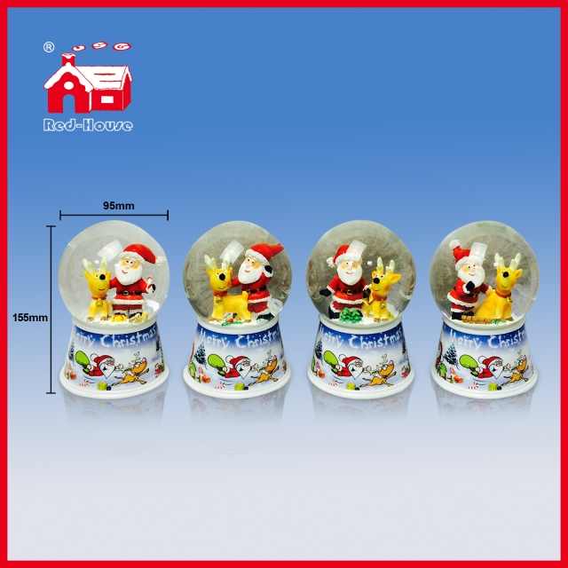 Different Figures Santa Penguin Deer Snowman Inside 100mm Diameter Transparent Water Globe Christmas Decoration